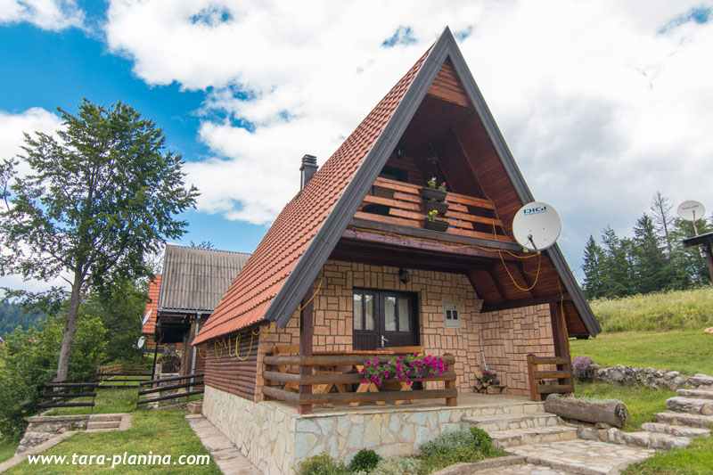"Planinska kuća ""DUŠAN"" - Mitrovac - Planina Tara"