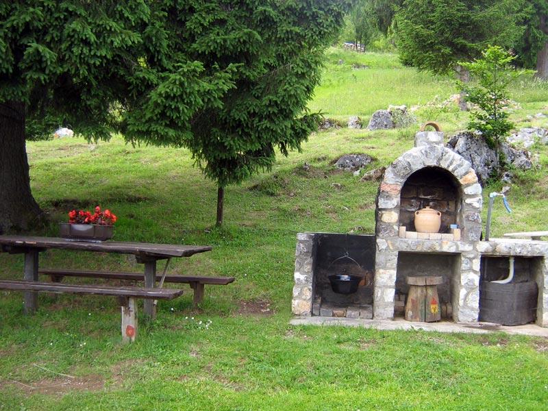 """Vila """"Teodora"""" - Šljivovica - planina Tara"""